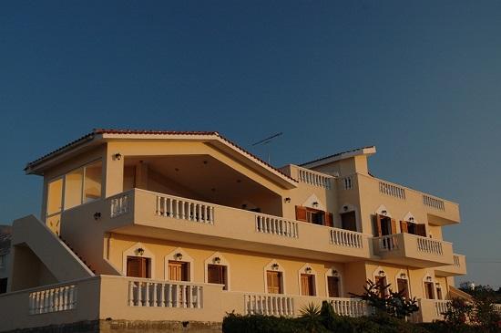 Dimitris Apartments Επιπλωμένα Διαμερίσματα